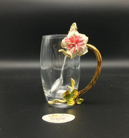 cốc thủy tinh enamel hoa đại đỏ dáng cao