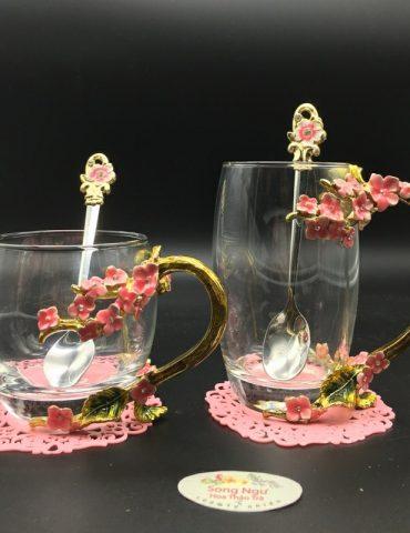 cốc thủy tinh enamel hoa mai đỏ