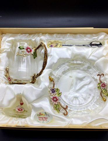 Hộp quà bộ cốc thủy tinh enamel CÚC HỒ ĐIỆP